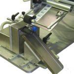 Dispositivo di scarico automatico per fiale e flaconcini