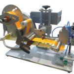 Etichettatrice semi-automatica con applicatore pneumatico per applicazione su prodotti piani